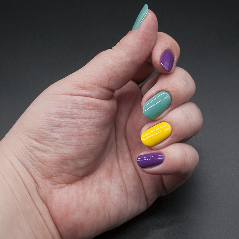 sally hansen triple shine - lemon shark, sally hansen triple shine - dive in, sally hansen triple shine - vanity flare