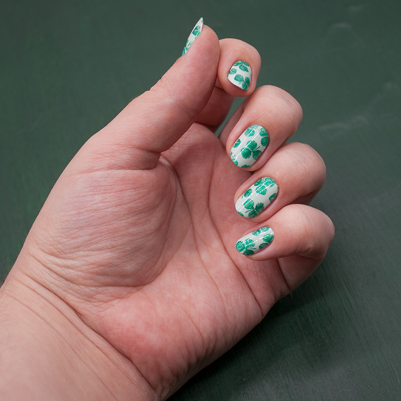 china glaze - re-fresh mint, dance legend stamping polish - metallic green, lesly stamping plate - greenery 2