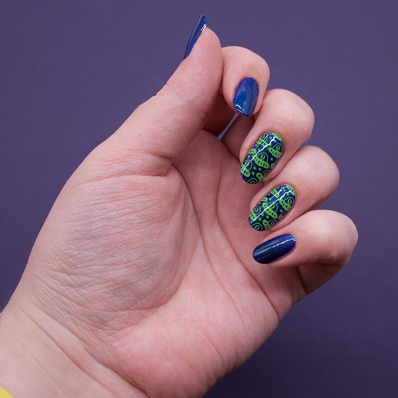 bow - dating an alien, dance legend stamping polish - green, moyou london - tumblr girl 08