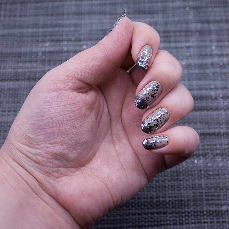 masura - dark side of the moon, naillook - carnival