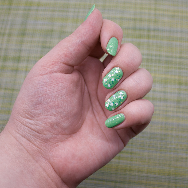 tips - soffle, opi - lights of emerald city